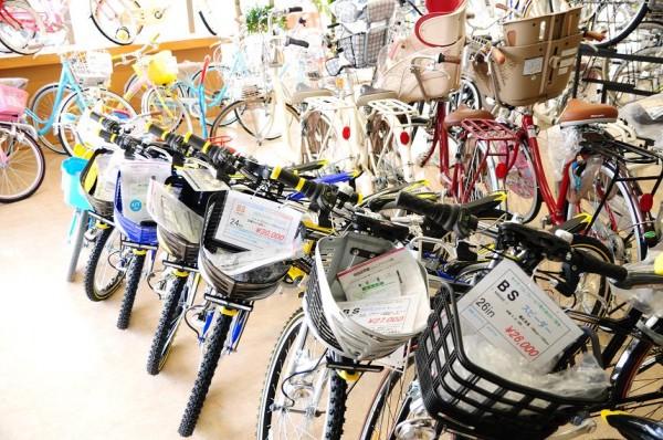 お子様の自転車 KIDS用ヘルメット